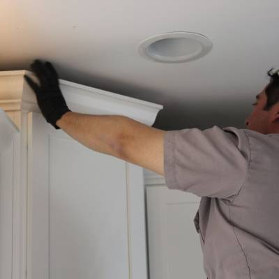 home remodeling company, cabinet moulding installation
