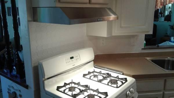 Back-splash, hood, vent, oven, stove, kitchen, remodel, backsplash, back, splash